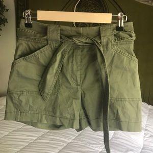 White House Black Market Size 00 Olive Shorts